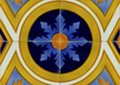 Reproducción de un azulejo cerámico repetido varias veces (motivo 1)