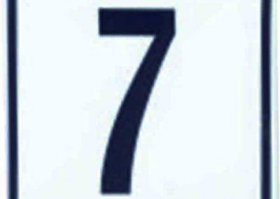 Número en cerámica con recuadro