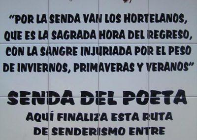 Placa cerámica con el tema Senda del Poeta Miguel Hernández